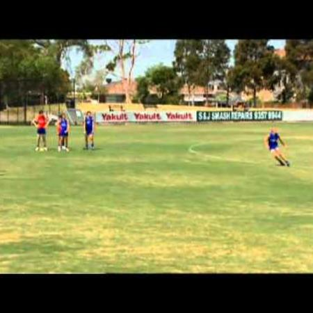 Kicking Guide (for Coaches) - 12.Switch of Play Kick