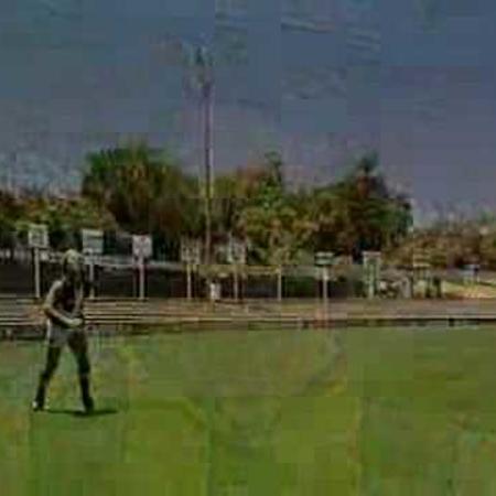 AFL Skills Video - Overhead Mark